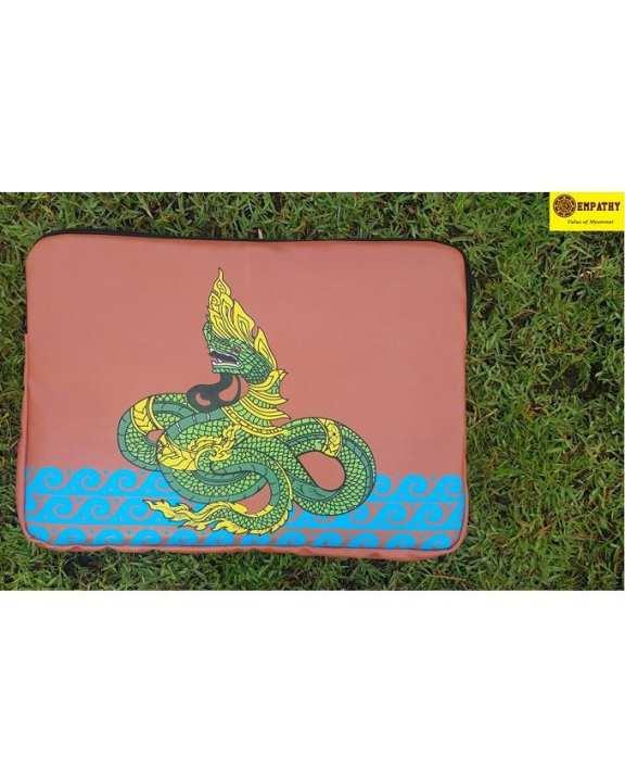"EMPATHY Dragon Design Laptop Sleeve (16"" x 11"") - Red"