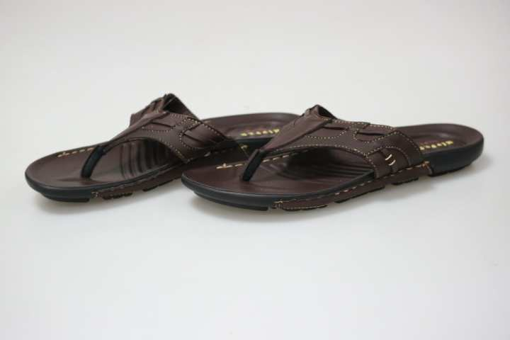 Hipper-Men Slippers- Brown