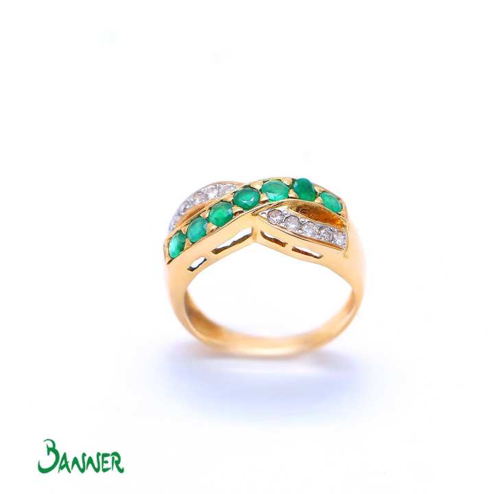 Infinity Emerald Ring